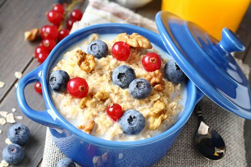 10 Delis Ways Oatmeal Helps You Lose Weight