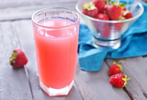 Detoxifying your liver with strawberry juice