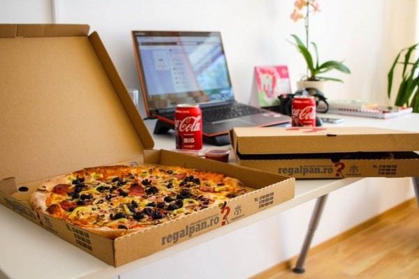 10 Disturbing Reasons Why You Overeat Wrong Location